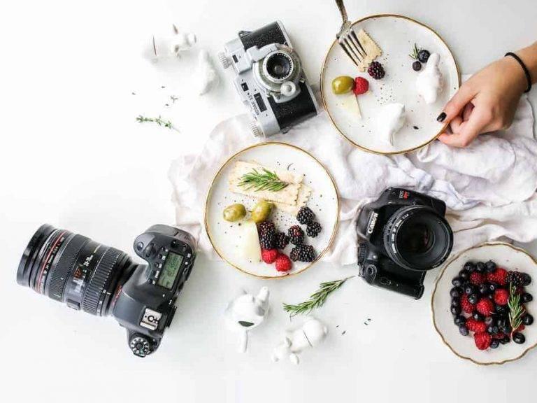 دوربین و تجهیزات عکاسی غذایی