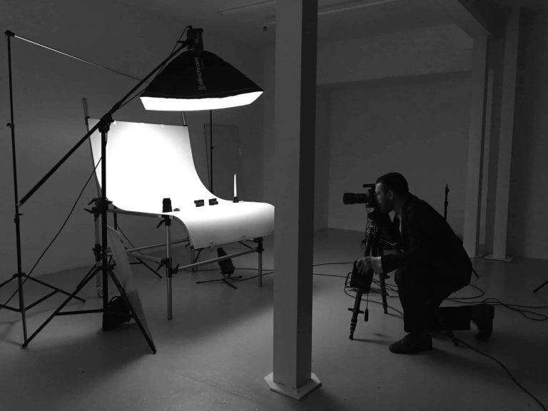تجهیزات عکاسی صنعتی | استودیو عکاسی صنعتی ناین | آموزش عکاسی صنعتی | آموزش عکاسی صنعتی پیشرفته | آموزش عکاسی صنعتی به صورت خصوصی و گروهی | آموزش عکاسی تبلیغاتی حرفه ای در استودیو ناین