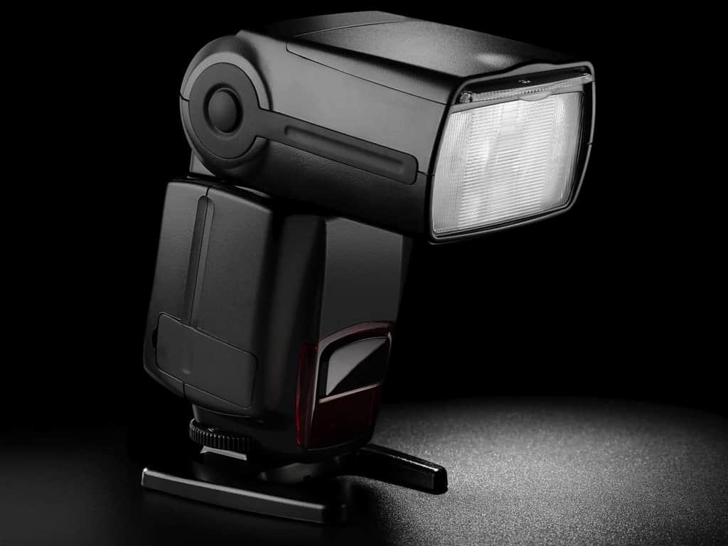 تجهیزات نورپردازی | تجهیزات عکاسی صنعتی | عکاسی تبلیغاتی | عکاسی حرفه ای | فلش اکسترنال | Speedlight