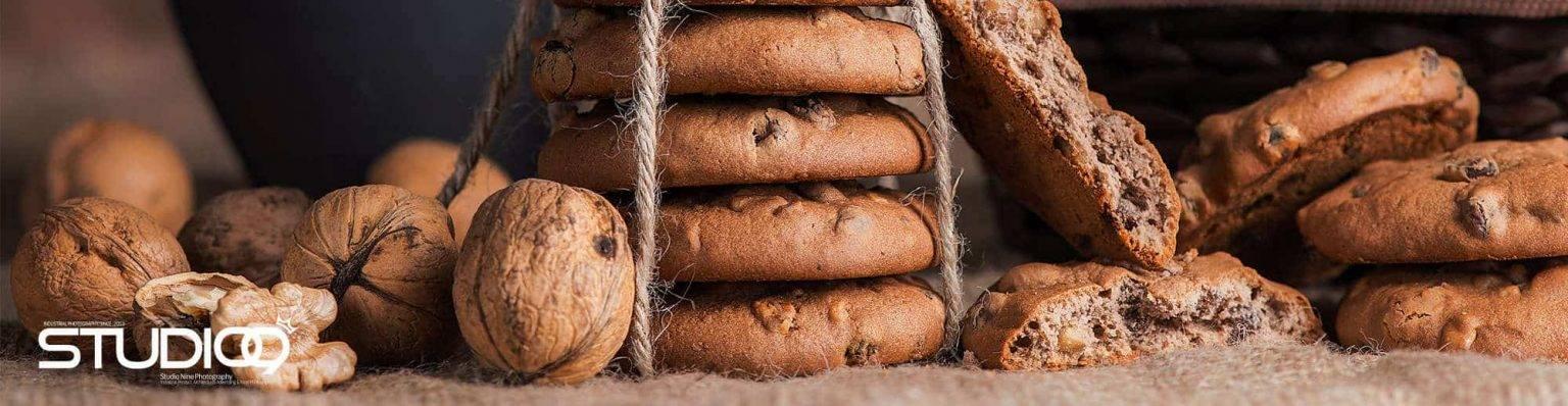 کلوچه نادی | عکاسی از محصولات کلوچه نادی | کلوچه گردویی نادی | عکاسی تبلیغاتی | عکاسی غذایی