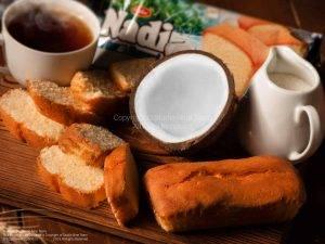 عکاسی تبلیغاتی محصولات کلوچه نادی | عکاسی غذایی تبلیغاتی | عکاسی دکوراتیو غذایی | کیک نارگیلی نادی